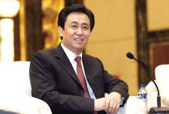 中国新首富许家印支持家乡建设